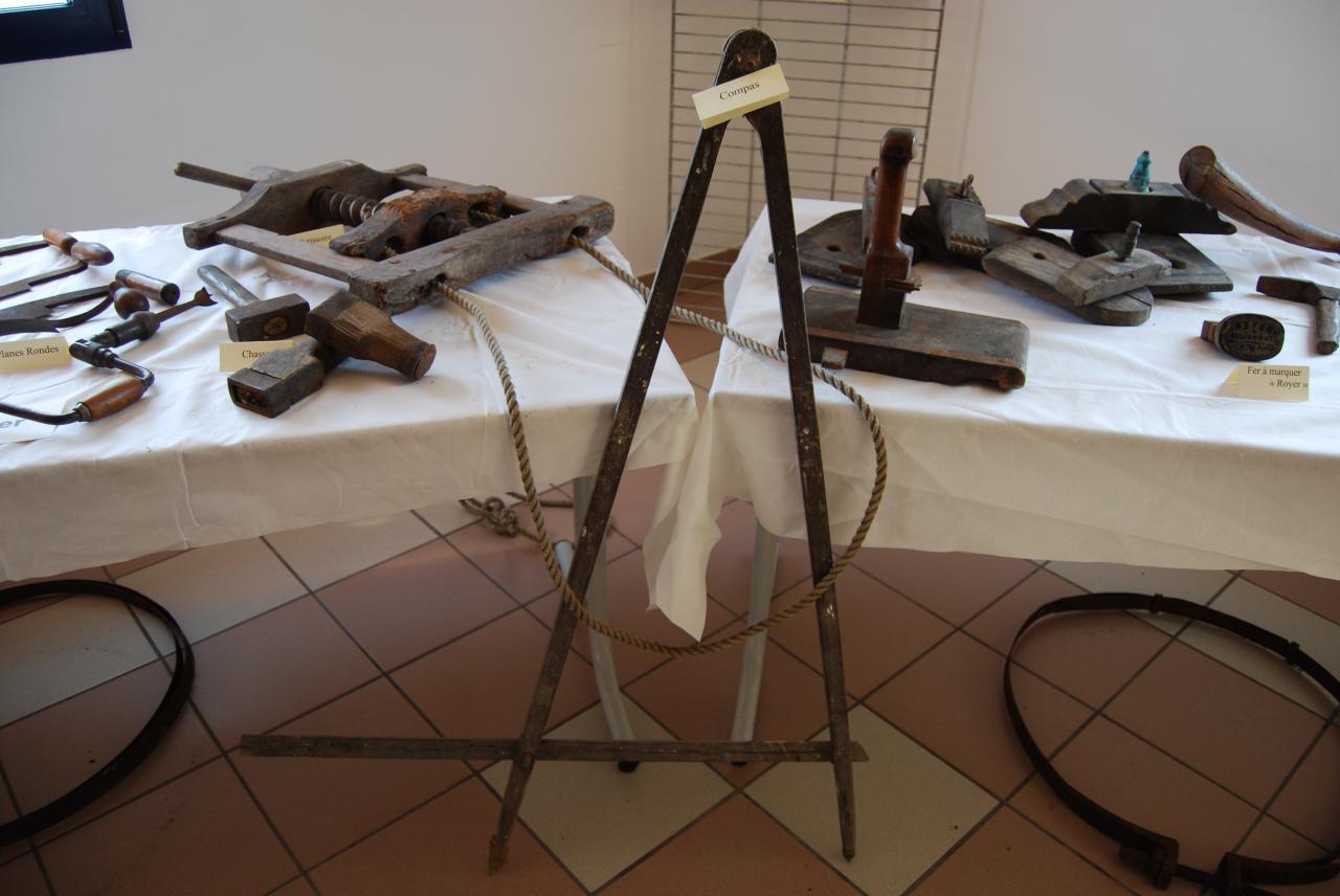 Les objets de la vigne-008