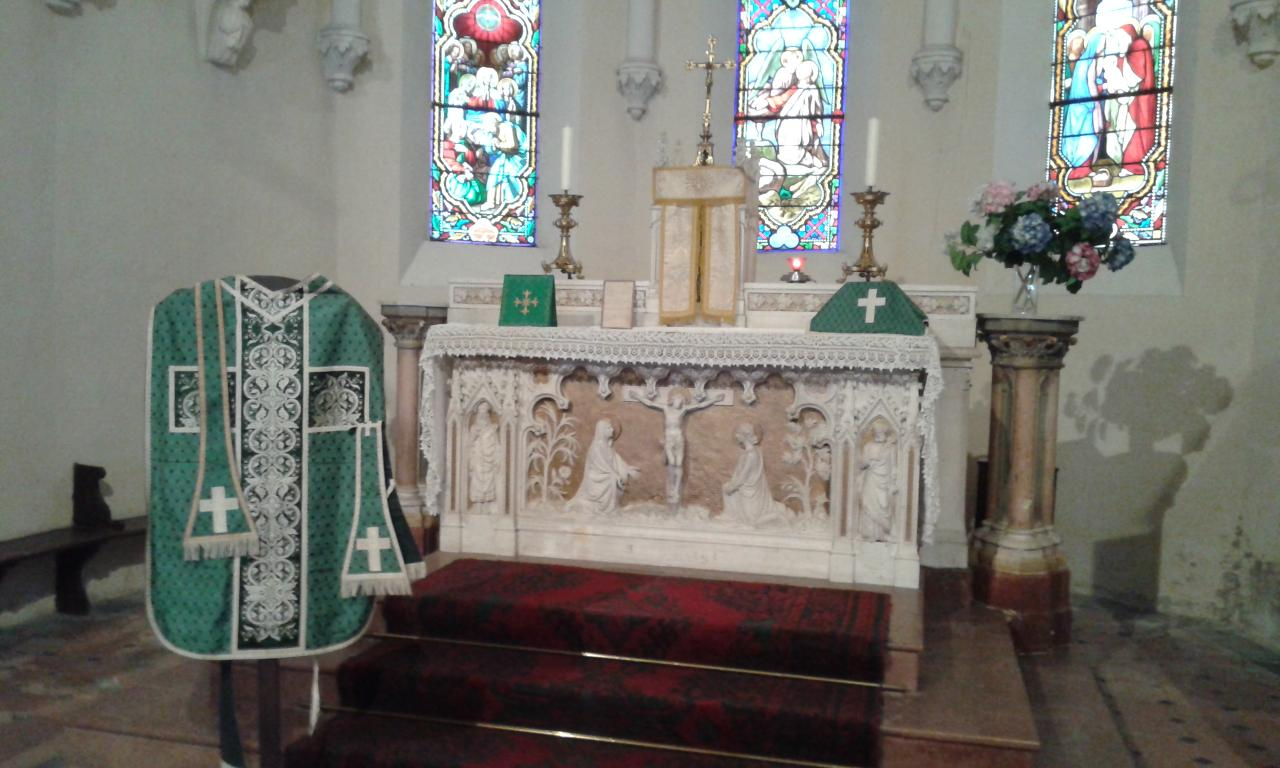 ornements sacerdotaux des différents temps liturgiques3